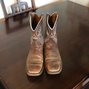 boys boots ariat